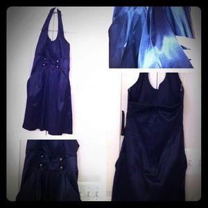 Dresses & Skirts - NWT Halter, side pockets cocktail dress.