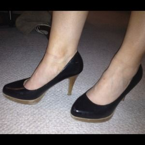 mossimo Shoes - Mossimo black heels with wood sole