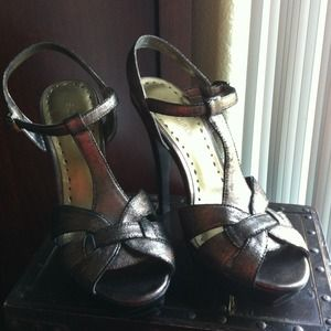BCBG Shoes - RESERVED! BCBGirls platforms & Bongy Pumps