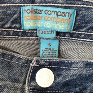 Hollister Denim - 💰💰sold💰💰for avs Hollister stretch Capri pants