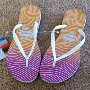 Havaianas Shoes - NEW Havaiana Slim Multi Colored Sandals