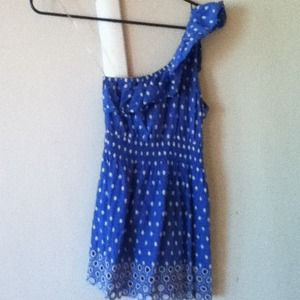 Pretty blue polka dot 1 shoulder top