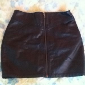 Black pleather zip up skirt