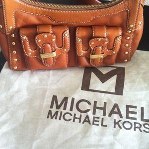 $$$REDUCED$$$ Authentic Michael Kors purse