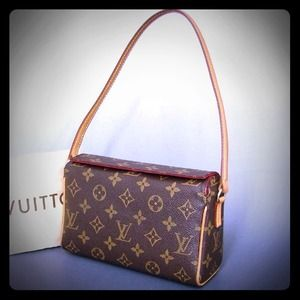 Louis Vuitton Handbags - Authentic Louis Vuitton Monogram Recital