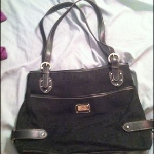 Handbags - REDUCED even more!  Liz&co. Purse.