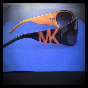 Authentic Vintage MICHEAL by MICHEAL KORS