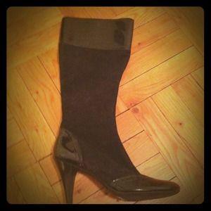Black Tahari Boots