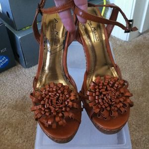 Shoes - REDUCED NEW Brown high heeled sandal