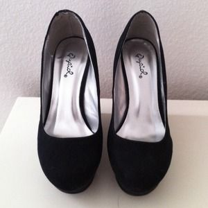 Shoes - SOLD!Black Suede Pump Wedges