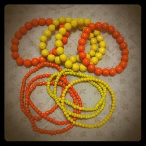 Jewelry - Band of sunshine beads