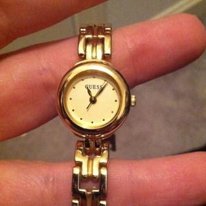 Jewelry - Authentic guess watch