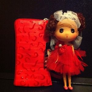 ✋RESERVED✋iPhone case / soft pouch with Doll (Red)