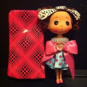 Clutches & Wallets - Multipurpose pouch w/ Doll ( Pink )