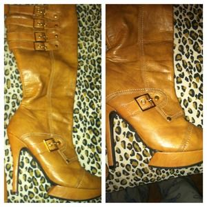 To keep or Not... High brown boot with platform