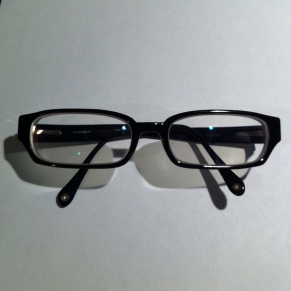 Chanel Eyeglass Frames Lenscrafters : 79% off CHANEL Accessories - Authentic Chanel black rimmed ...