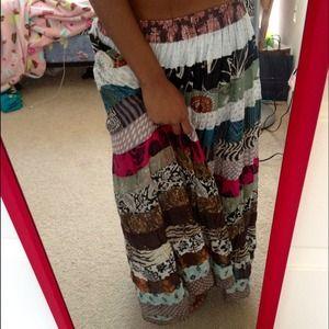 Dresses & Skirts - Flowy printed skirt