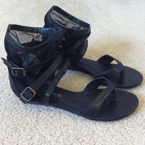 Steven by Steve Madden Shoes - REDUCED Steven by Steve Madden black sandals