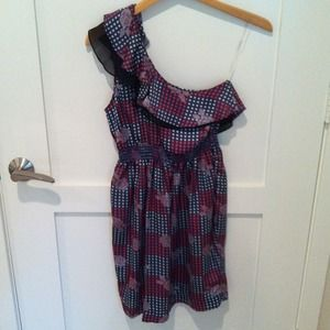 Audrey 3+1 Dresses & Skirts - SOLD! Ruffle One Shoulder Print Dress