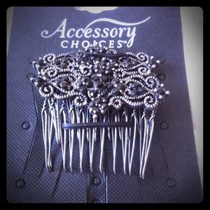 Accessories - Beautiful black jeweled hair piece