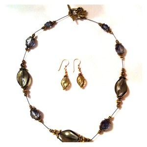 Jewelry - ✨Artisan jewel necklace and earrings✨