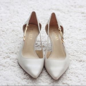 Ralph Lauren Shoes - Reserved 4 @momidoc528: Ralph Lauren ivory pumps
