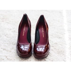 Marc by Marc Jacobs Shoes - REDUCED PRICE! Marc Jacobs patent leather pumps