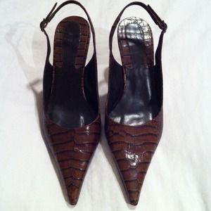 💋ZARA💋 Dark Brown Croc Print Slingbacks