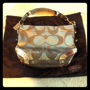 🌸AUTHENTIC Coach bag