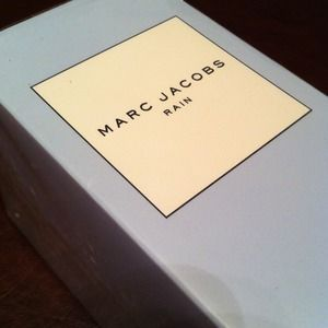 Marc Jacobs Other - ☔Marc Jacobs Eau De Toilette☔