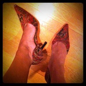 red/black/gold patterned heels