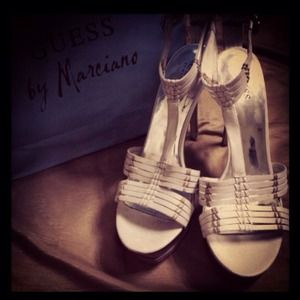 Guess Shoes - RESERVED ❤trade+cash❤ White leather sandals