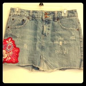 Denim Mini Skirt W/ Floral Appliqué embellishment