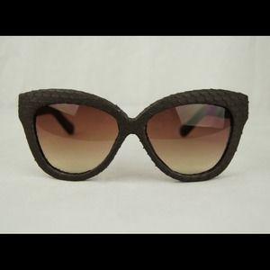 Linda Farrow RARE snakeskin sunglasses