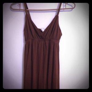Brown spaghetti pleated strap maxi dress