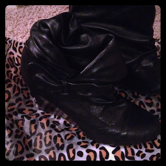 Bamboo Boots - Just reduced! Cute black booties