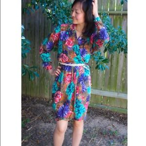 Liz Claiborne Dresses & Skirts - PRICE DROP!!! Vintage floral silk wrap dress