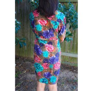 Liz Claiborne Dresses - PRICE DROP!!! Vintage floral silk wrap dress