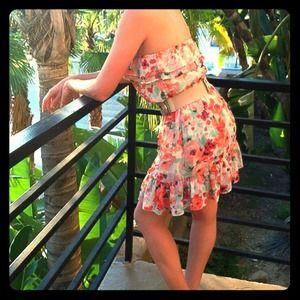 H&M Dresses - H&M floral summer dress