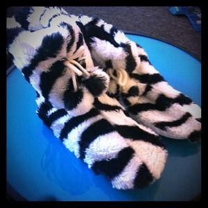 Shoes - New Croft & Barrow zebra slippers - size S/M (5-7)