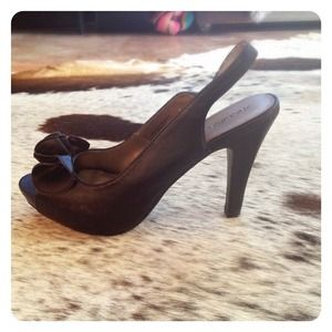 Shoes - HALF OFF SALE | Black RUFFLED Heel
