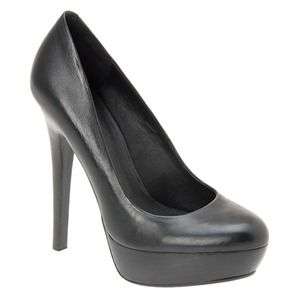 ALDO Shoes - Black Aldo Pumps!