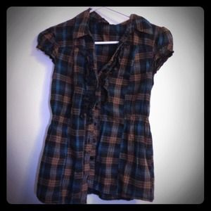 Tops - Plaid Ruffled button down shirt