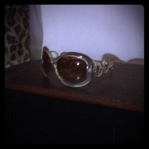 various Accessories - Oversized sunglasses - Qty : 3,  priced per pair