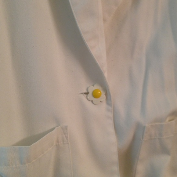 Jackets & Coats - Jacket separate w/oversized flower closure button