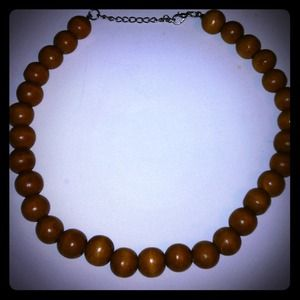 Jewelry - *PRICE CUT * Necklace Brown choker, very nice.