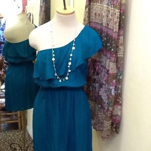 Dresses & Skirts - 🌀 Turquoise One Shoulder Ruffle Dress