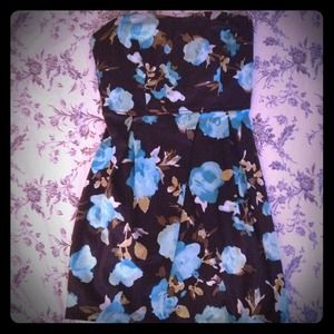 Trixxi Dresses & Skirts - ✋RSVD FOR TRADE ✋Great Floral Tube Dress!!