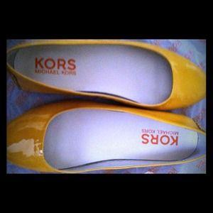 Michael Kors Yellow Flats