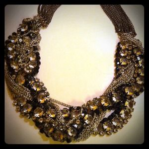 REDUCED Three tone statement necklace
